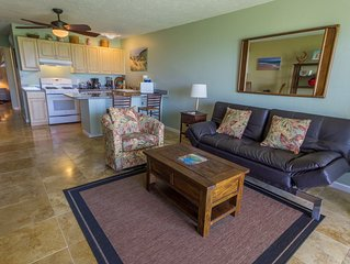 Molokai Vacation Properties -Wavecrest OCEANFRONT Prime 1/bed close to the water
