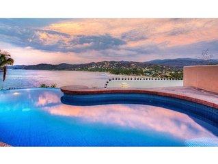 Casa Neruda 2 Bedroom with Beautiful views of the Ocean