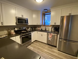 Newly Renovated Condo on Haystack Golf Course, and 15 min. from Mt. Snow