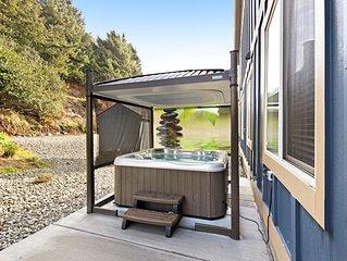 Beachy dog-friendly home, w/ ocean views, easy beach access & a private hot tub!
