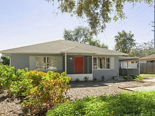 Newly Remodeled house within walking distance to downtown Dunedin!