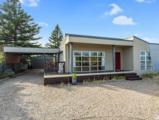 14 Colman Road - close to the River & Golf Course