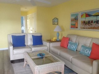 First Floor 2BR 2Bath - Pool - Steps to Cherry Grove Beach - Desirable location
