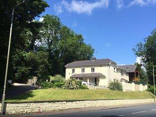 Beautiful 5 bedroom property - Penyfai Lodge