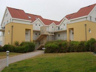Duplex lumineux avec vue sur mer, 2 chbres, 1 sdb, 62m2, 1 place parking, 4 pers