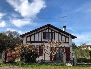 Maison Hurou Labenne, sur 1200 m2 4 chambres. 10 mn de la plage. Très agréable.