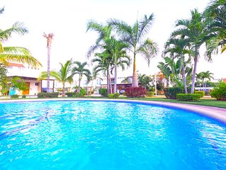 ●Family HOME●Close to BEACH●PooLs●Super cLean●IdeaL LONG STAYS!●