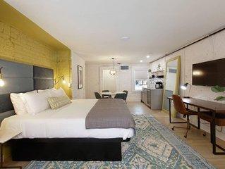King Plus Suite ✦Downtown Luxury Boutique Hotel✦