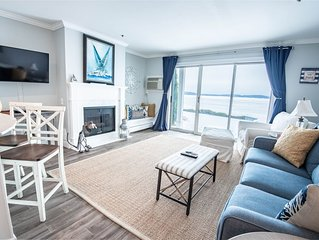 1BR Beachfront Condo 111 on Gorgeous Lake Charlevoix in Boyne City!