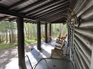 Log Cabin--Very Private--Over 300-Feet Waterfront