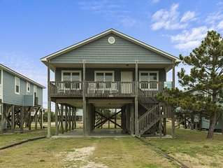 Ocean Delight: 4 Bed/2 Bath Ocean View Home with Waterway Views from Back Deck