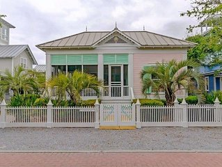 BRAND NEW LISTING!! - CARIBBEAN in SEASIDE - 90-SECONDS TO BEACH, MINUTES FROM T