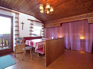 Cozy Holiday Home in Sankt Johann im Pongau with Garden
