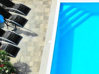 Ferienwohnung mit Pool, Grill, Sandstrand, W-lan, Meerblick