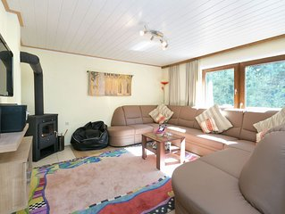 Spacious apartment close to the skiing area of Saalbach-Hinterglemm-Leogang.
