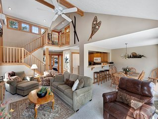 Cozy, warm, & inviting home w/ a wood-burning fireplace & beautiful views!