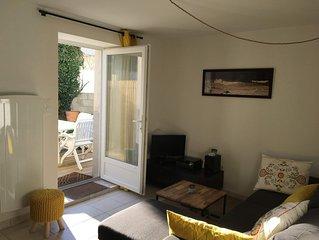 Joli appartement avec jardin  a deux pas des Rochers de St Guenole et de Plomeur