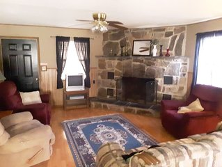 Beautiful Rustic Cabin, Private Location, ATV Trails and Creek Nearby
