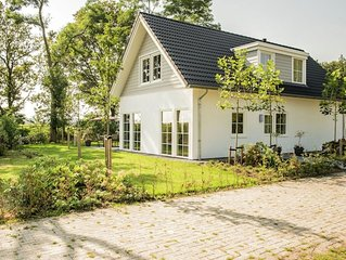 Spacious home with a fireplace at 3 km from Baarle-Nassau