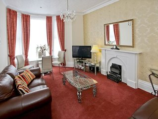Barford House - Front Self-Catering Apartment Southport