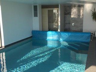 Villa vue mer, sauna, piscine intérieure chauffée, au calme.