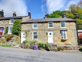 Hollins Cottage - Two Bedroom House, Sleeps 4