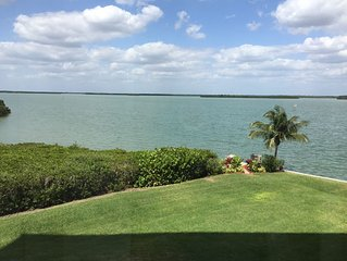 Windward Point #210 Comfortable condo with beautiful view of the bay