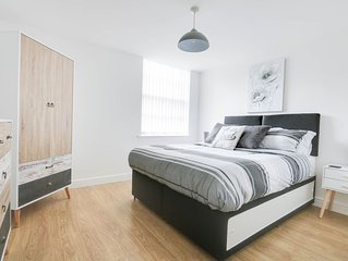 Luxury Modern Bright Derby City Accommodation, Great Location!
