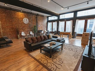 Trendy loft on S Main street, Very near Beale Fedex forum and 1 block to River
