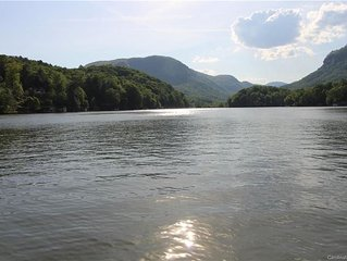 Idle Speed- The Ultimate Lake Lure Escape!
