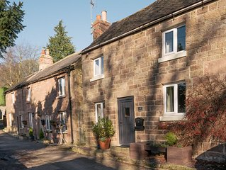 Cosy, dog friendly, Derbyshire Dales/Peak District National Park, sleeps 4,