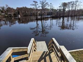 The Gosling - Small Cabin with Water Access, Shared Dock, Kayak, Fish, Swim