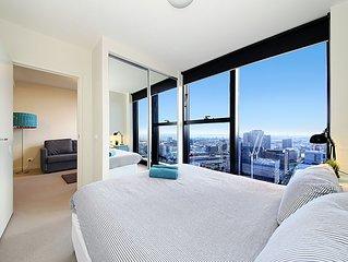 COZY CBD Suite, FANTASTIC CITY VIEWS + FREE WiFi