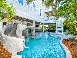 Enjoy Spring Break in paradise! 9 bed, near beach, private pool + spa, plus wate