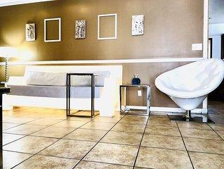 Apartment,3BR,Las Vegas,SALE,strip,best host,convention center,safe,CLEAN,LOVE