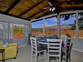 PANORAMIC RED ROCK VIEWS- SLEEPS 14! FIRE PIT!