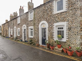 6 Flint Cottages, MINNIS BAY
