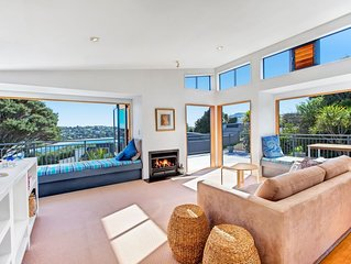 Ondine - Waiheke Unlimited - Modern Stylish Holiday Home in the heart of Waiheke