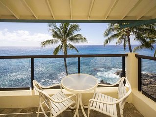 Fantastic Ocean Front Condo! Full Kitchen, Washer/Dryer, Private Lanai, WiFi, Fl