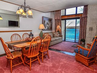 511G- 2 bedroom, 1 bath condo w/ beautiful lake views & fireplace!
