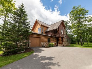Ski In/Ski Out Home w/Hot Tub & Wood Fireplace - 110yds to Chair Lift!