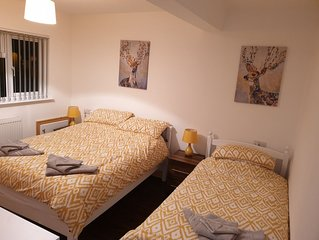 Conway House - 3 Ensuite Bedrooms perfect for corporates and families