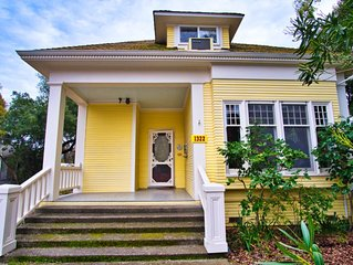 Regal 4bd/4ba Victorian Home - 2 Blocks from Downtown Calistoga