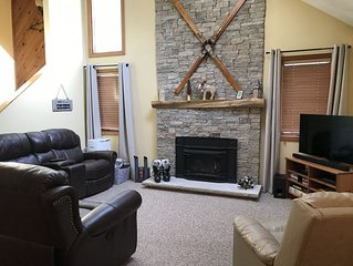 3 Bed/2 Bath Townhouse in Lincoln, Sleeps 8. Already booking for summer 2020.