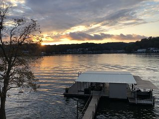 3BR/2BA Family Friendly Lake of the Ozarks Home with Dock & Spectacular View