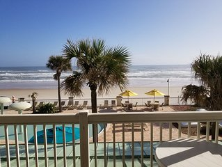 Ocean  Front  Condo. Daytona Beach Resort 683 Sqft 1 Bedroom, 1Bath Sleep 4