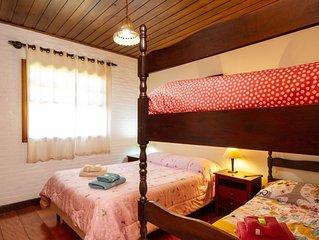 Casa no vale dos sonhos, com uma das mais belas vistas de Campos do Jordao.