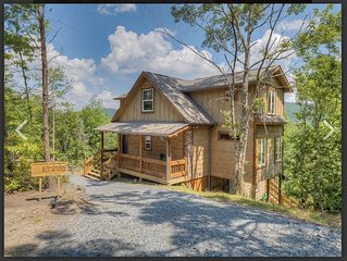 NEW Craftsman Home with Year Round Mountain Views