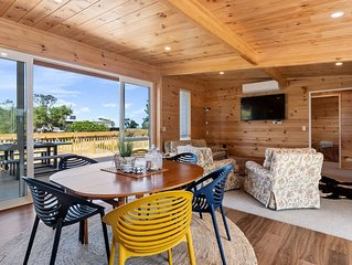 Matapouri Bayside Retreat - Matapouri Holiday Home