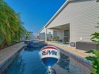 Private Pool, 2 King beds, Queen Sofa Bed, Golf Cart Awesome Location